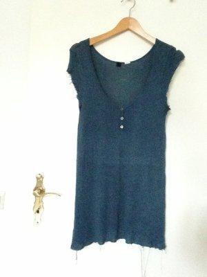 Blaues Knit Kleid Mit Tiefen V-Ausschnitt