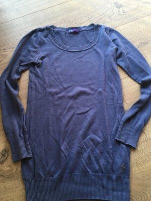 Blaues Langarm Shirt