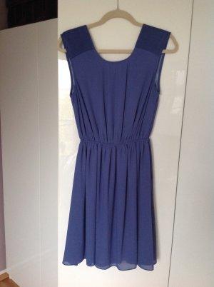 Blaues mint und berry Kleid