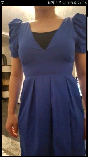 Blaues Partykleid in sehr gutem Zustand