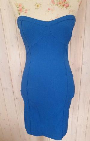 Blaues Partykleid trägerlos