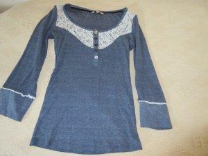 Blaues Shirt mit 3/4-Arm