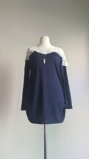 Top en maille crochet blanc-bleu foncé