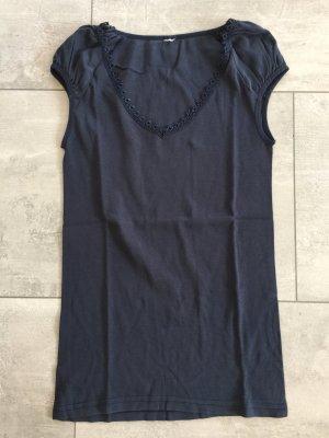 Blaues Shirt mit Spitze am Dekolte von only