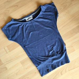 Blaues Shirt von Naketano aus wunderbar weichem Stoff