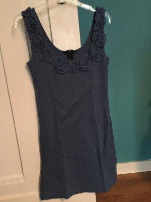 Blaues Shirtkleid mit Blumen von H&M, Größe XS