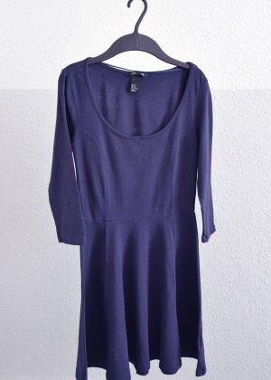 blaues Skaterkleid von H&M Basic Größe XS