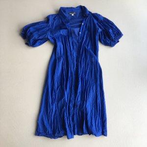 Blaues Sommerkleid zum Verlieben