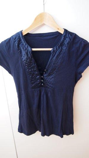 blaues sommerliches Shirt mit Raffung und Knopfreihe // Bluse marine