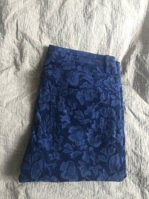 Blaugemusterte Jeans