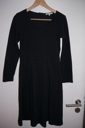 Blaumax Kleid schwarz lange Ärmel Strukturmuster M