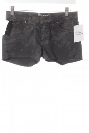 Blaumax Shorts gris-marrón oscuro look casual