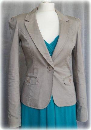 Blazer grau / beige mit Taschen in Gr. 36