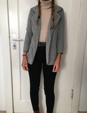 Blazer in grau ......