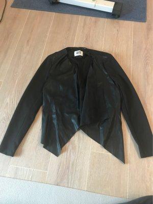 Vero Moda Blazer de cuero negro