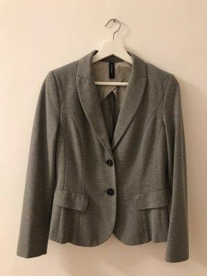 86dbda339b3b Jersey Blazers de Marc Cain a precios razonables  Segunda mano   Prelved