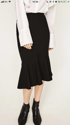 Zara Falda midi negro