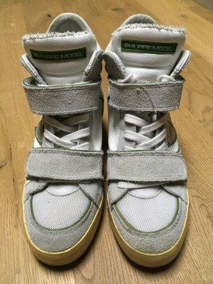 Blickfang Sneakers mit etwas Absatz, Klettverschluss und Schnürsenkeln