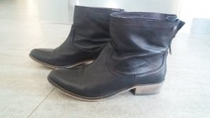 Blink Booties black