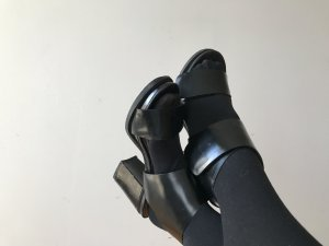 & other stories Plateauzool sandalen zwart Leer