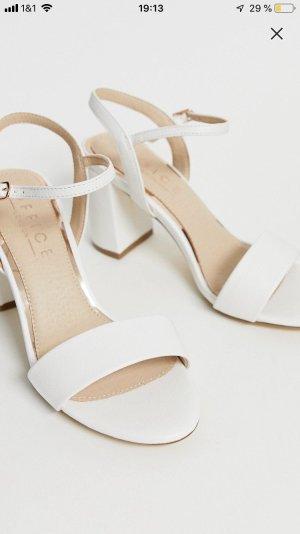 Blockabsatz Sandaletten in weiß