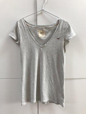 Blogger Hollister T-Shirt mit V-Ausschnitt Grau Hellgrau Gr. 34 / XS - 100% neuwertig!
