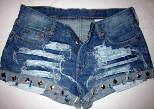 Blogger Hotpants Hot Pants Shorts kurze Hose H&M Jeans blau Nieten destroyed DIY 36 38 S M
