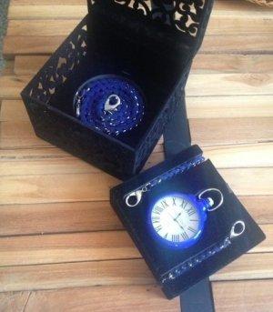 Orologio con cinturino di metallo blu-argento