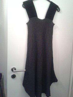 Vestido de lana gris oscuro-negro lana merina