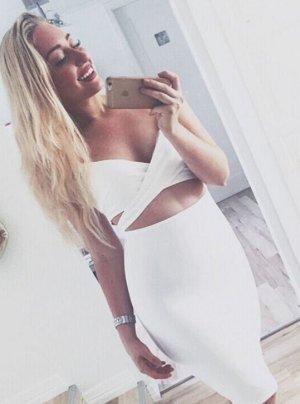 blogger Maxi Kleid sexy cut out spaghetti träger party hochzeit zara style