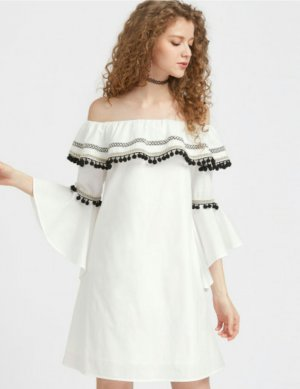 Blogger Off shoulder Kleid Schulterfrei L 40 Pompom Tassle