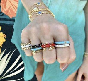 Gouden ring veelkleurig