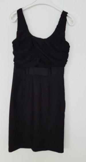 Blogger Schwarz Kleid von H&M