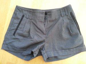Blogger Shorts grau H&M XS 34! Neu! Winter Herbst Hotpants dunkelgrau! Trend