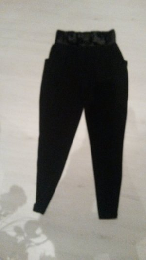 Pantalón estilo Harem negro