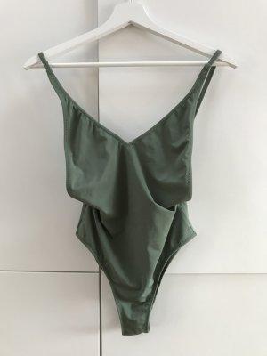 Blogger Topshop Badeanzug mit tiefem Dekolleté Khaki Gr. 36 / S - NEU und ungetragen!
