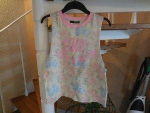 Blogger Trend! Sideboobs Top mit pastell Blumenmuster von Primark