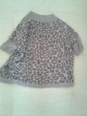 BLOGGER - wunderschöner einzigartiger weicher Pullover Poncho Strickpullover Wolle Fell Pullover ( wie Mohair )- Animal Print -