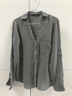 Blogger Zara Hemd Bluse Hemdbluse gestreift Schwarz Weiß - nur einmal getragen 100% neuwertig!