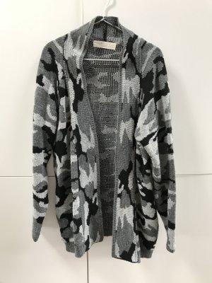 Blogger ZARA Knit Cardigan Weste Pullover Camouflage Grau Gr. M / 38 - nur wenige Male getragen!