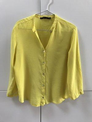 Zara Blouse en soie jaune primevère