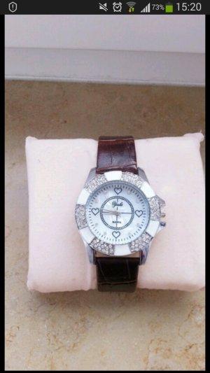 Bloggeruhr / Schöne edle Uhr / Damenuhr mit Herzen und Strasssteinchen