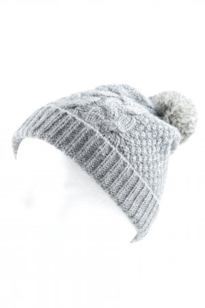 Bloom Gorro con borla gris look casual