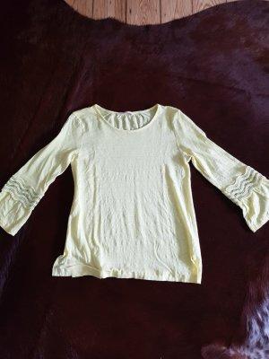 Bloom Shirt Zitronengelb mit Häckeleinsatz am Arm