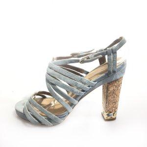 Chanel Sandalias de tacón azul