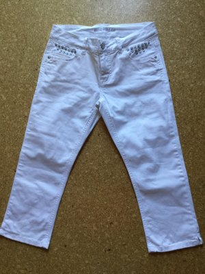Blue Fire Capris white