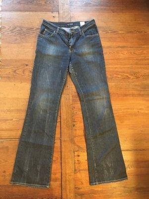 Blue Jeans, leicht ausgestellt, Armani