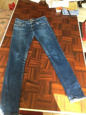 Blue Jeans Mavi