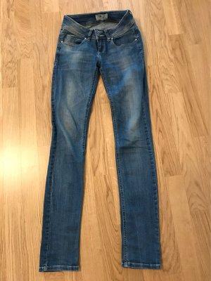 "Blue Jeans von LTB ""Pauletta"" W: 26, L: 34 (UVP: 69,90 Euro)"