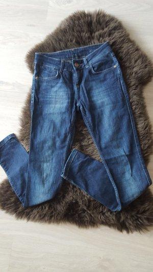 blue mid rise skinny fit Jeans von Zara
